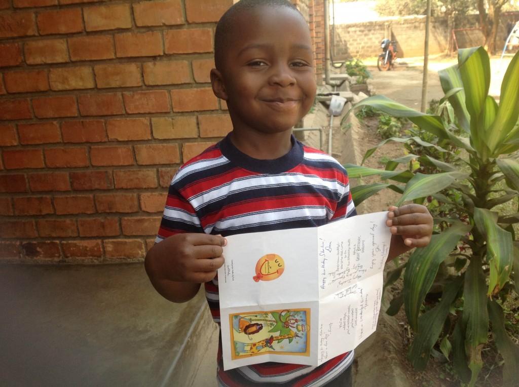 Shalom Mango getting a birthday card