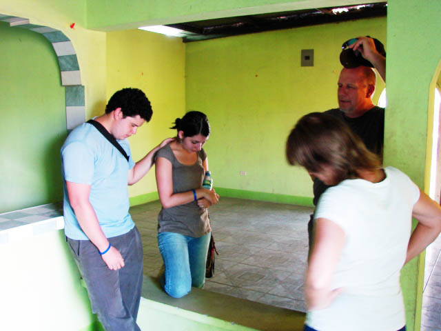 Asking for God's blessing on this new rental house for ministry in Nagarote, Nicaragua